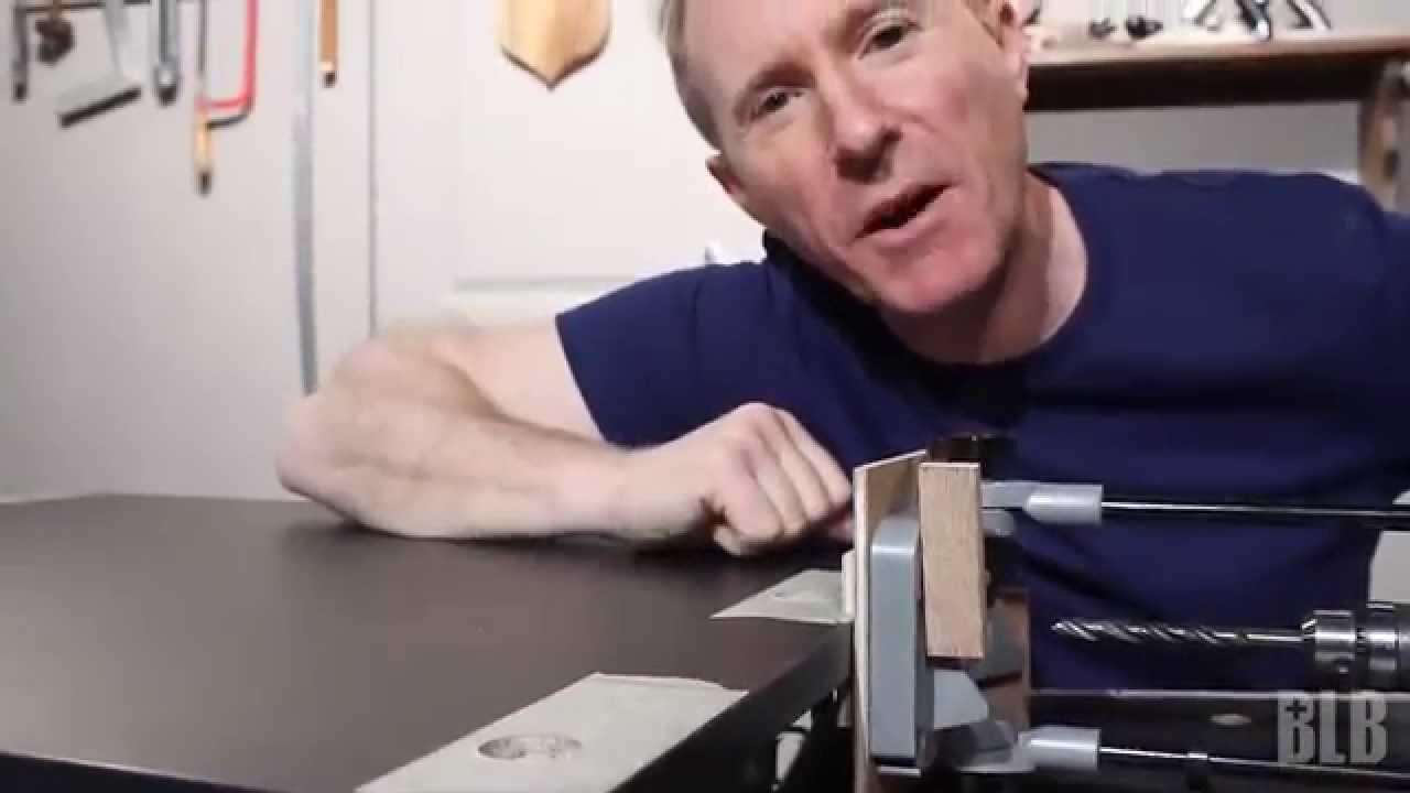 techniques d 39 atelier pose de ferrures d 39 assemblage. Black Bedroom Furniture Sets. Home Design Ideas