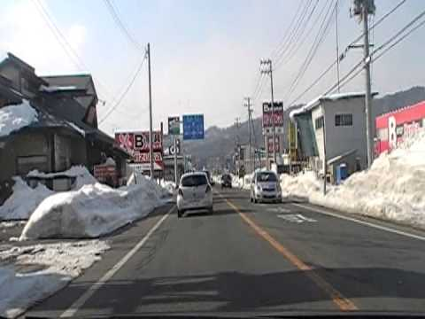 drives a Japanese winter road  2013.1.30