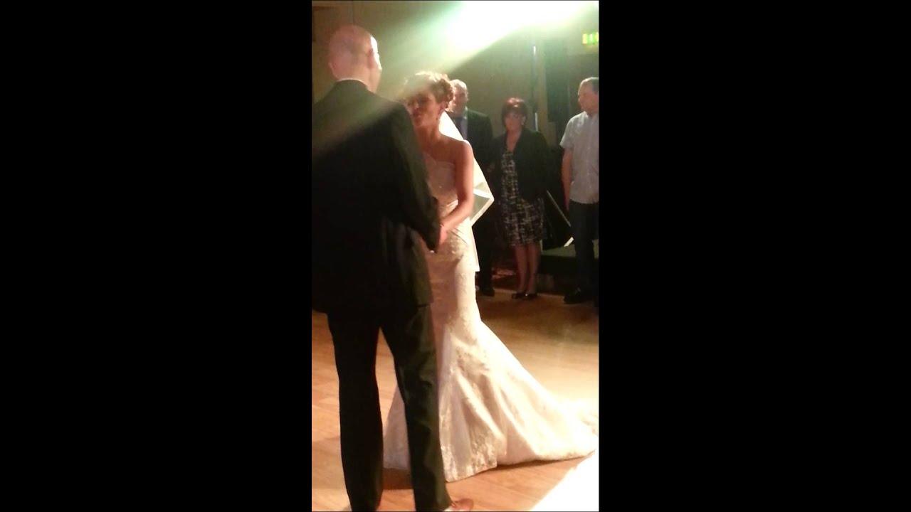 Sings Bride Dance 118