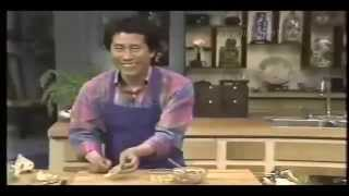 [cooking] Buddha Delight & Wrap Won Ton By Martin Yan