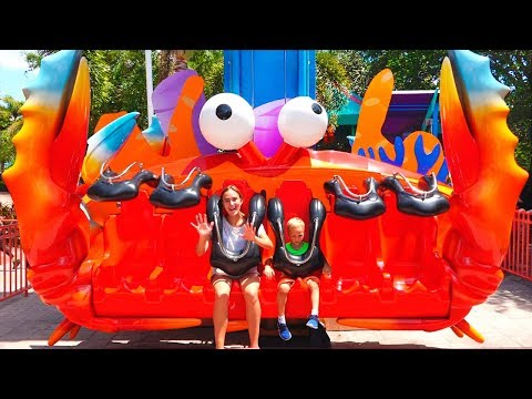 Vlad and Nikita in Sea World Amusement Park