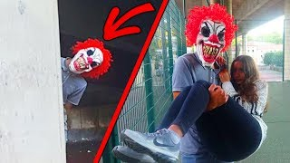 LE CLOWN KIDNAPPE MA COPINE ! thumbnail