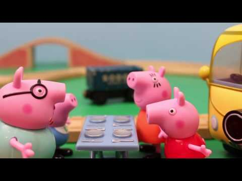 Peppa Pig and Daddy Pig Campervan with George and Mommy Pig Meet Thomas the Tank Engine
