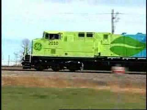 Hybrid Railway Freight Engine GE 2010 : innovation track