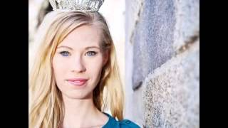 Nicole Kelly Named Miss Iowa After Winning Beauty Pageant