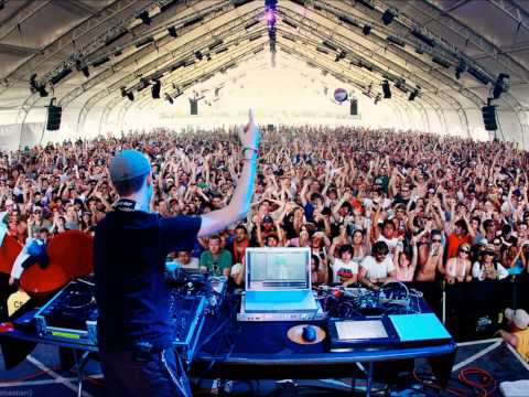Michael Daly Live Set 9.18.2012 Go Nuts, Dance, Party Mix, E