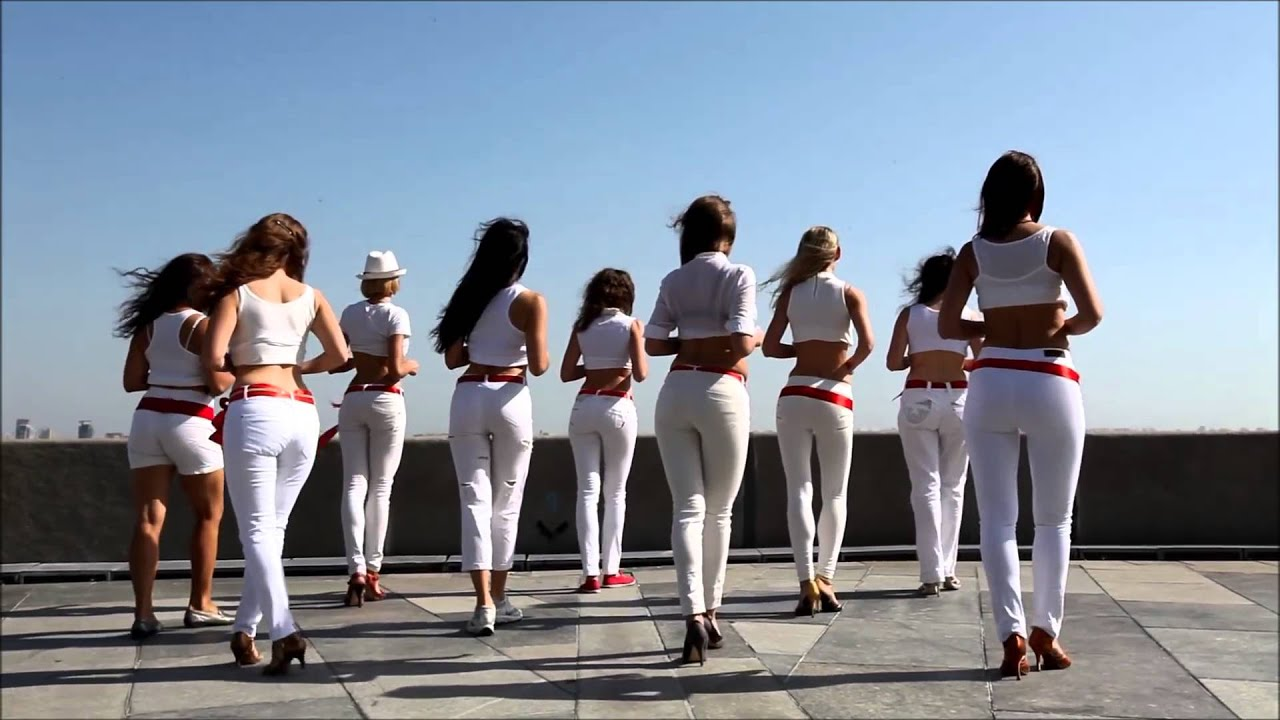 Flash Mob De Lady Style Kizomba Em Kiev Ucr 226 Nia Youtube