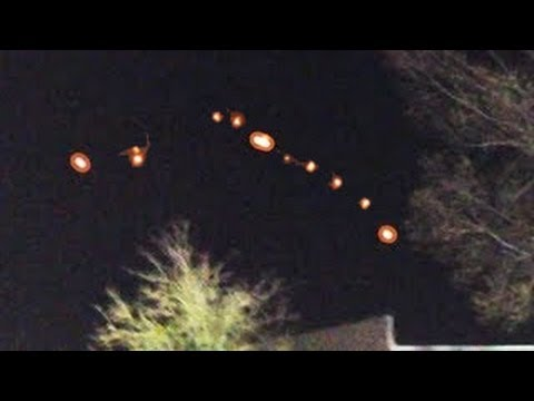 lights in the sky xmas eve 2012 - YouTube