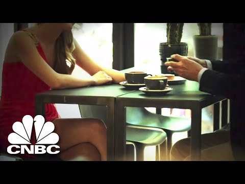 How John Fox Fell Victim To An Online Dating Extortion Scheme | American Greed | CNBC Prime