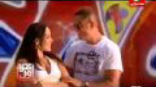 Amr Diab And HOT Natalie Martinez عمرو دياب نقول اية انا ليك.flv