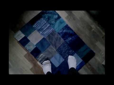 Коврик из образцов мебельной ткани и держатель для бумаги
