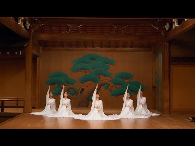 瞑想舞 宝生能楽堂公演