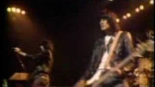 RAMONES:Sheena is a Punk Rocker Live at London 1977 new years eve