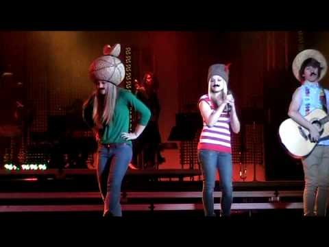 "Caitlin Dietz and Lisa Morrison - ""Singing At The Pop Show"""