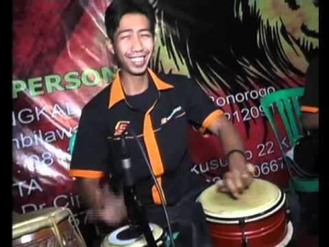 TEMBANG TRESNO - ECHA MALINDO By Samandiman Electone (Dangdut Campursari Ponorogo)