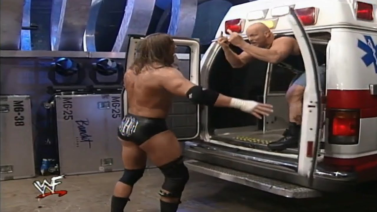 Stone Cold Returns & Attacks Triple H 9/9/1999