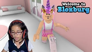 LACHEN UNICORN BUILD! INSPIRIERT BUILD | HAUS TOUR | BLOXBURG | ROBLOX | FAMBAM GAMING