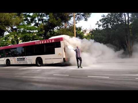 Encendió autobús Terrassa