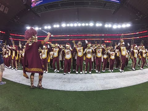 USC Song Girls, The Spirit of Troy pump up fans at the Cotton Bowl in VR180