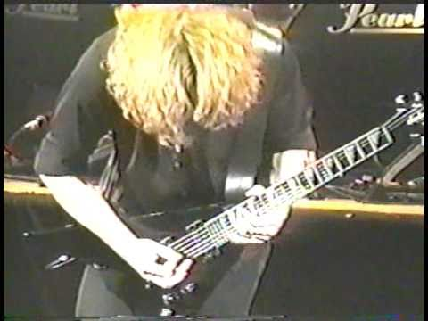 Megadeth - Return To Hangar (Live In St. Paul 2000)