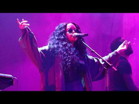 H.E.R. - Say It Again/Losing (Live in Rotterdam 11/1/2018)