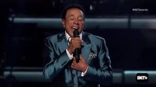 Smokey Robinson - The Tracks Of My Tears (Live)