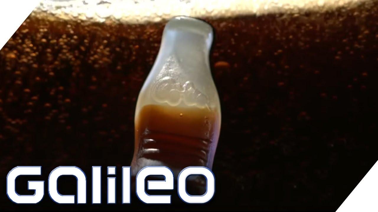 Wie viel Cola steckt wirklich im Cola-Fruchtgummi? | Galileo | ProSieben
