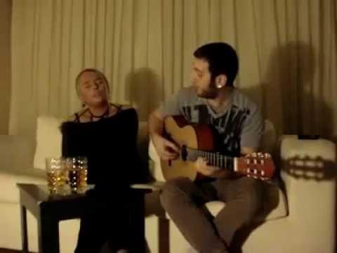Ceren Olay Ayhan & Kadem Pir -Gitme Kal Be Yanımda