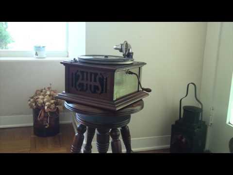 Harmony Model 12 Phonograph