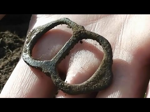 Metal Detecting The Dales : 16th Century Tudor Buckle, Silver Sixpences & Other Coins
