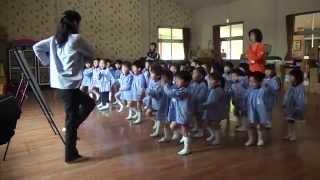 芽生え幼稚園リトミック教室、2015年4月27日すみれ組さん(年中...