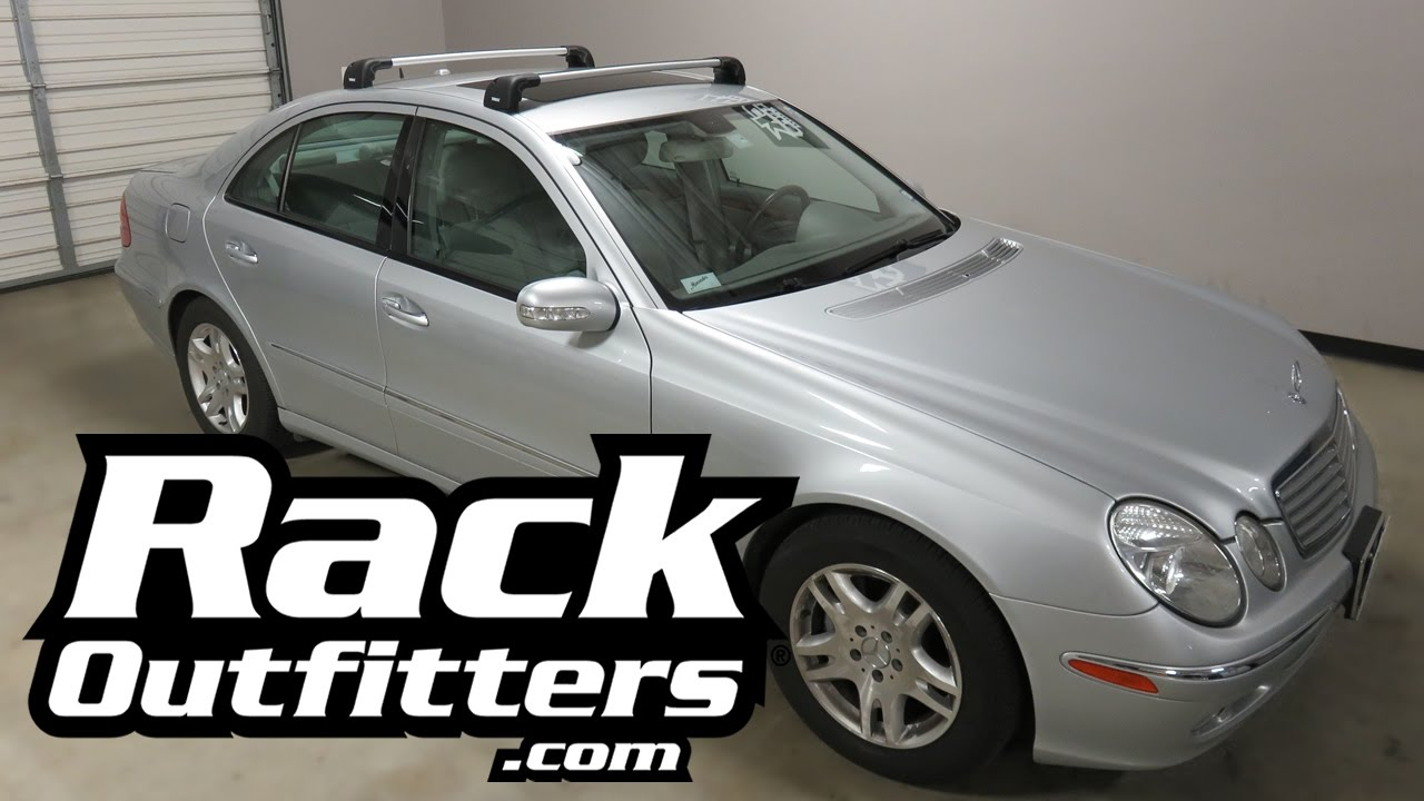 Mercedes Benz E Class Sedan With Thule Aeroblade Edge Roof Rack Crossbars Youtube