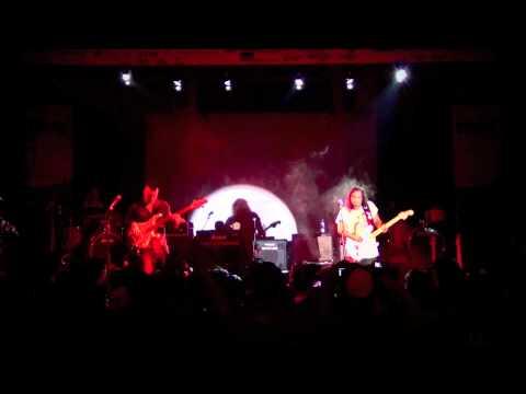 Set My Soul On Fire - Gugun Blues Shelter ( Gugun Power Trio) @Malang