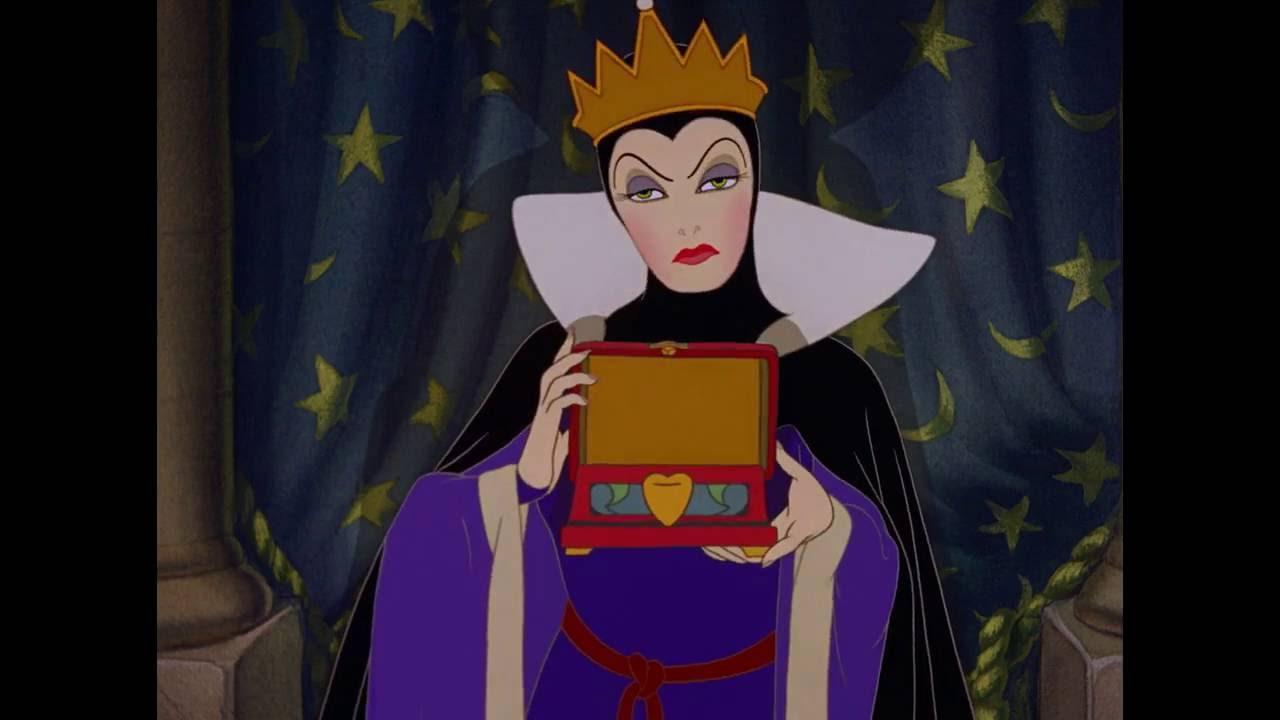 Snow White - Evil Queen's Transformation (Icelandic) - YouTubeDisney Evil Queen Song