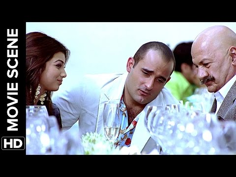Akshaye can pull off anything | Salaam-e-Ishq | Movie Scene