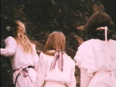 Picnic at Hanging Rock (1975)  - Official