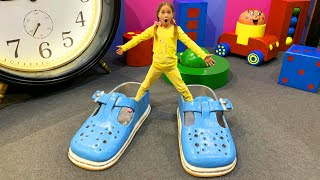 Sofia have a fun day on the Playground and Magic Dream House of the Giant