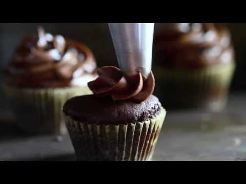 Piping the Ultimate Chocolate Frosting - YouTube