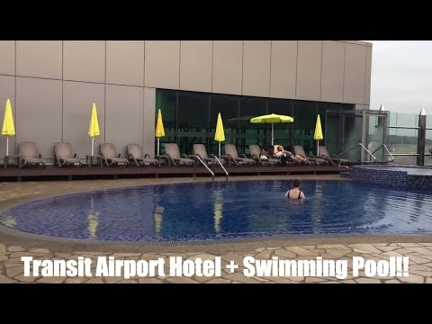 Aerotel Singapore - The only airport transit hotel in Asia that has outdoor swimming pool!!