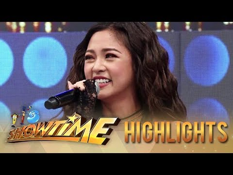 Kim tears up as she thanks her supporters | It's Showtime