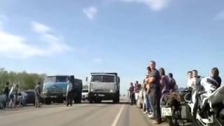Гонки на ЛЕГЕНДАРНЫХ грузовиках Маз против Камаза