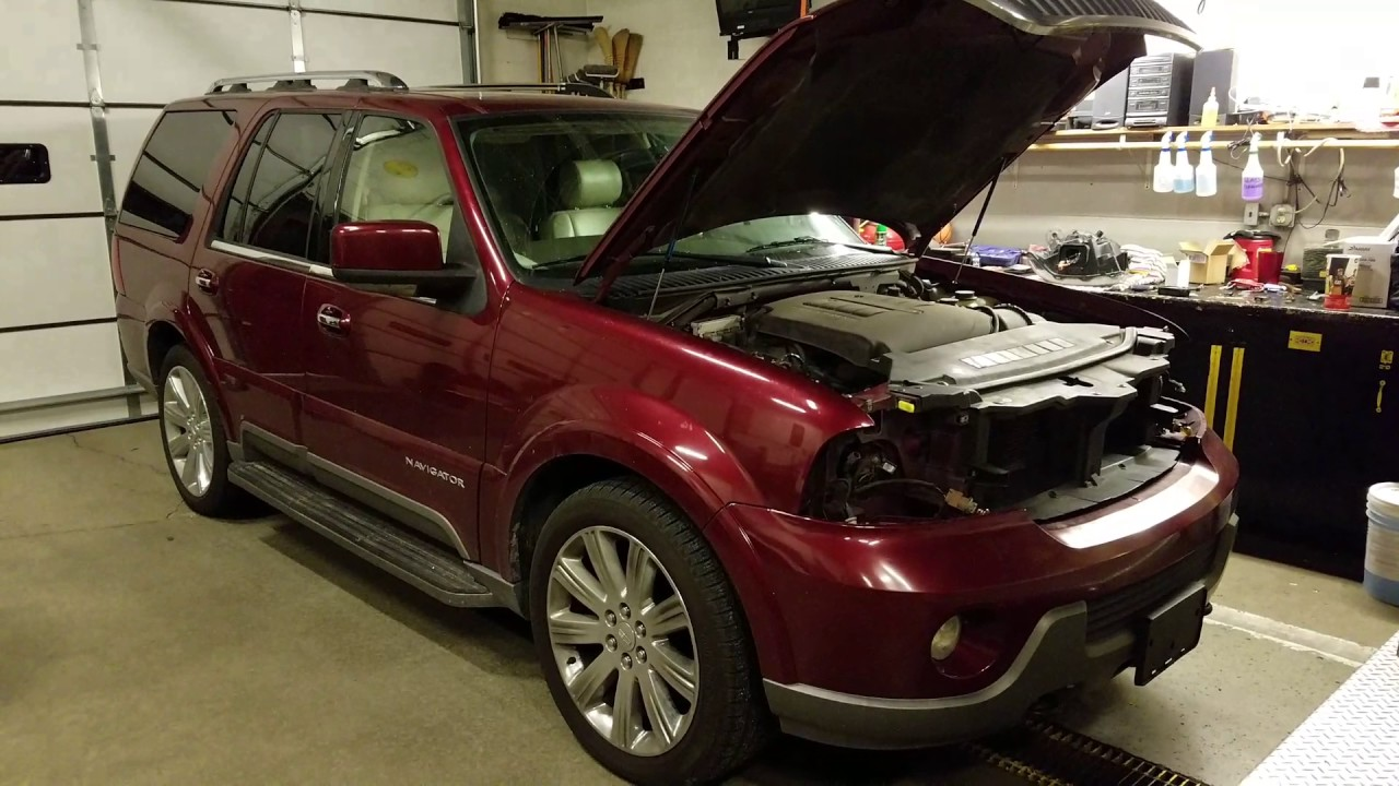 lincoln navigator 04 bulb low lamp replace youtube. Black Bedroom Furniture Sets. Home Design Ideas