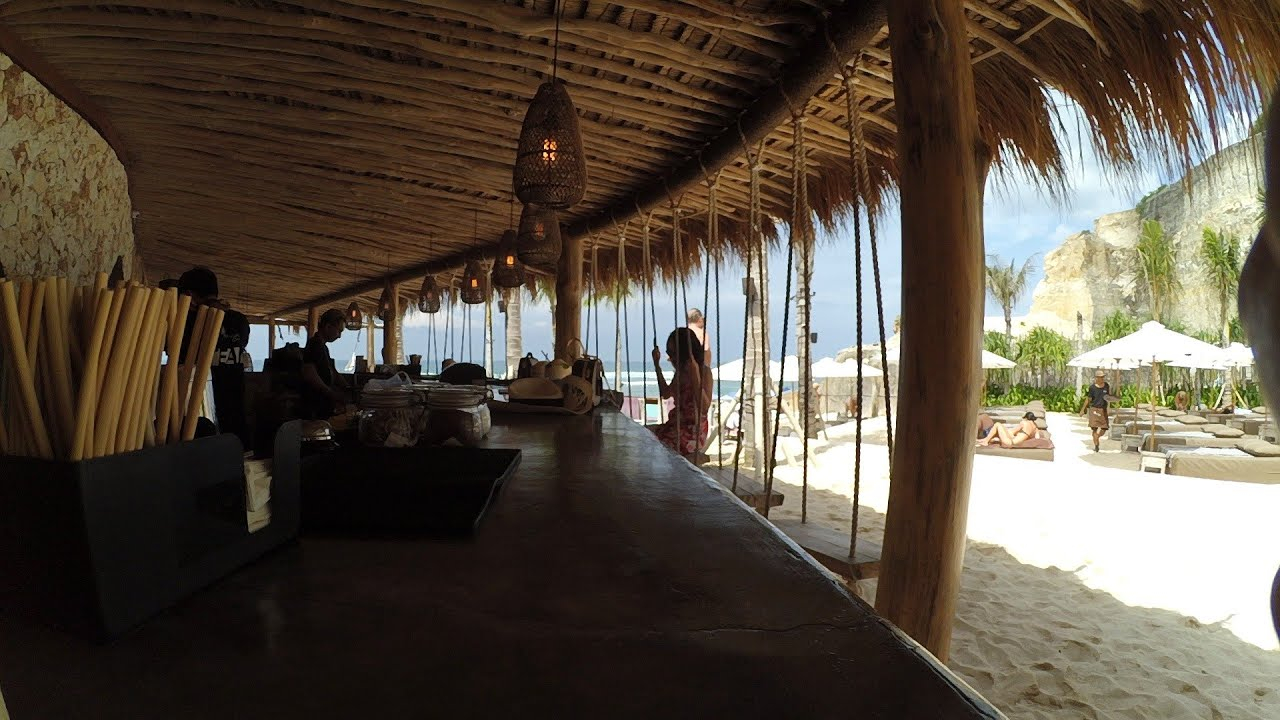 Daily Vlog | Melasti Beach | Palmilla Bali | Vlog Bali ...