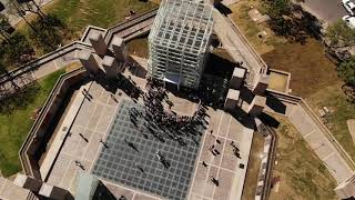Mestre inauguró la nueva Plaza España