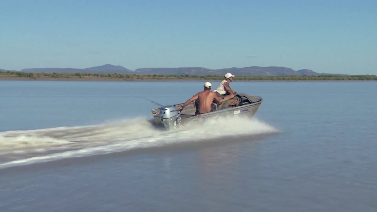 Gear Spotlight: Honda 20 hp Outboard ► All 4 Adventure TV