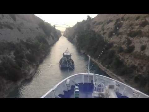 Korinth-Kanal: Durchfahrt mit MS Berlin
