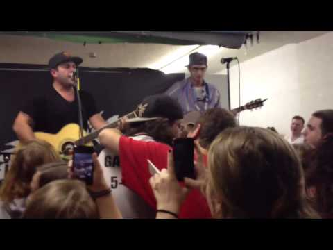 Love Your Friends, Die Laughing - Man Overboard - Acoustic