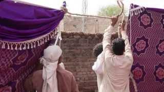 Behind the scenes of wedding in Pakistan