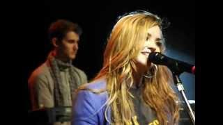 Demi Lovato - Moves Like Jagger - São Paulo 30/04/2012