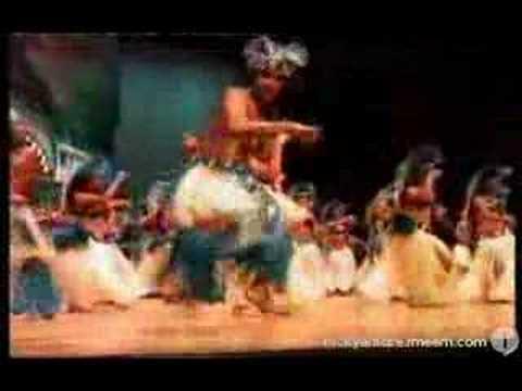 Mangaia drum dance 2006